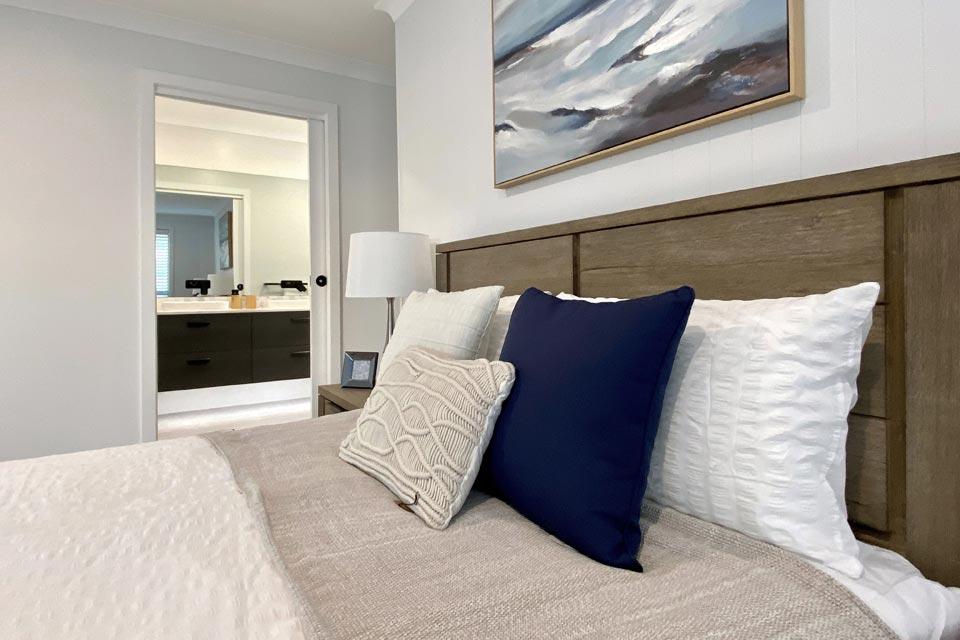 Main Bedroom - Sierra Exhibition Home | Calderwood | Split Level | Marksman Homes